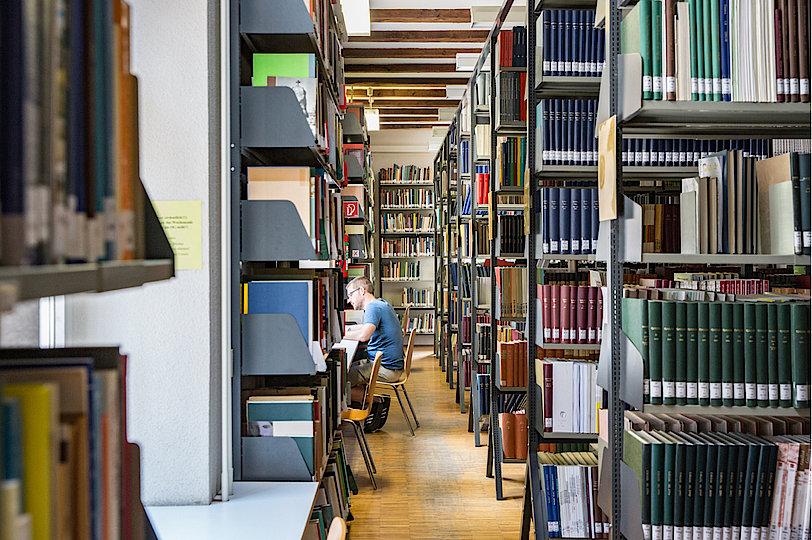Institut für Archäologische Wissenschaften - Bibliothek