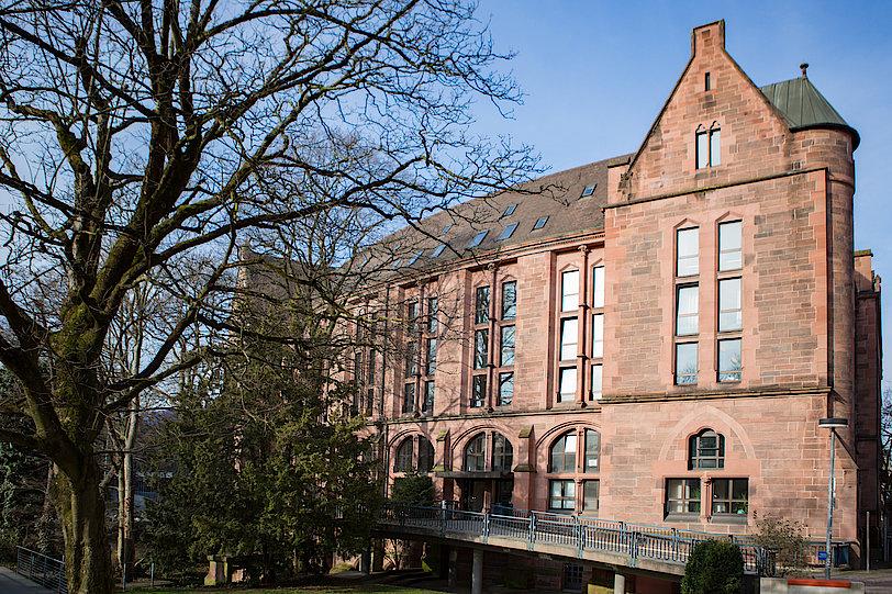 Kollegiengebäude IV